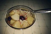 银耳炖梨的做法