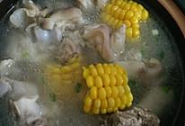 玉米山药猪蹄汤的做法