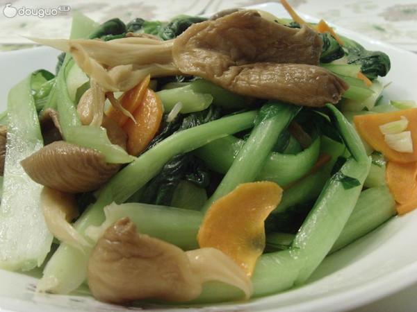 塔高菜炒干蘑的做法