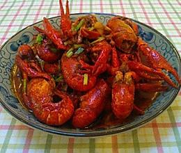 小龙虾怎么做才好吃?这个秘诀请记住!的做法