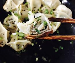 马蹄荸荠韭菜水饺的做法