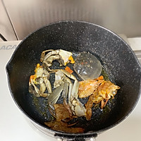 #好吃不上火#螃蟹年糕汤的做法图解3