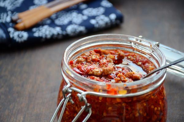 辣椒肉丝酱(再附个剁椒酱的做法)的做法