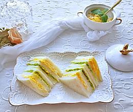 #夏日消暑,非它莫属#清爽牛油果鸡蛋三明治的做法