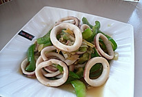 #菁选酱油试用之三----青椒鱿鱼圈的做法