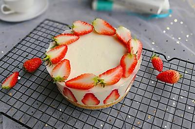 生乳酪草莓慕斯蛋糕