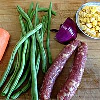 腊肠焖饭的做法图解1