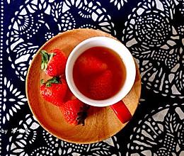 午后草莓红茶的做法