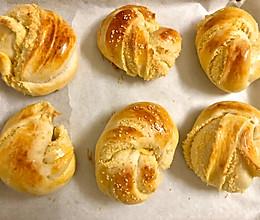 椰蓉面包(手工揉搓)的做法