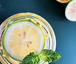 #夏日消暑,非它莫属#柠檬百香果绿茶,奶茶店夏日销量No.1的做法