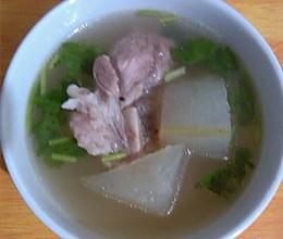冬瓜大骨头汤的做法