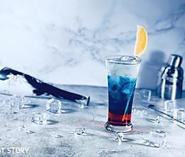 梦幻般颜色的鸡尾酒—漫步月球的做法