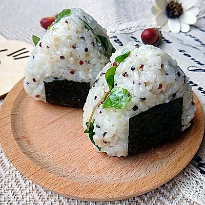 金枪鱼荞麦苗藜麦饭团-蜜桃爱营养师私厨-健身减肥野餐便当