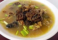 西藏野生羊肚菌炖排骨的做法