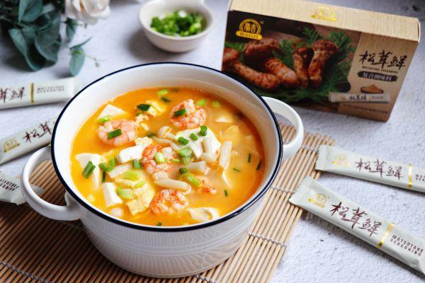 菌菇豆腐鲜虾蛋汤