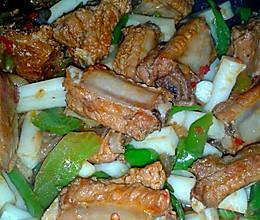 电饭锅美食之私房排骨年糕的做法