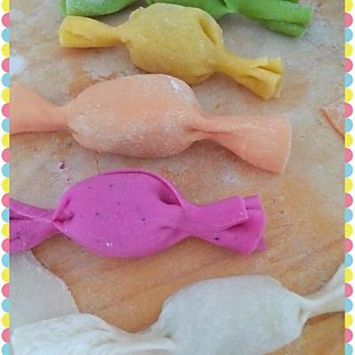 宝宝的彩色糖果饺子