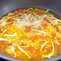 鲜美开胃: 风味西红柿杂菇汤的做法图解12
