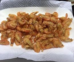 炸小河虾的做法