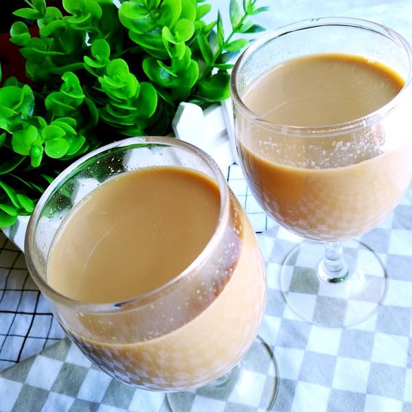 自制红茶奶茶的做法