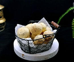 黑芝麻麻薯面包#春季食材大比拼#的做法
