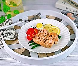 #我们约饭吧#香煎三文鱼的做法