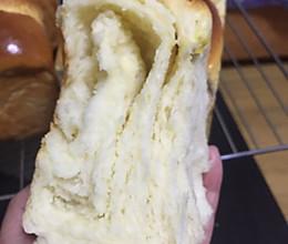 大地震吐司-味道绝对不输奶酪面包的做法