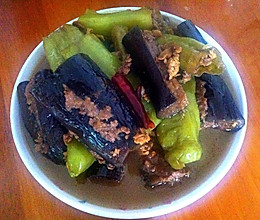 茄子酿尖椒酿-东北特色菜的做法