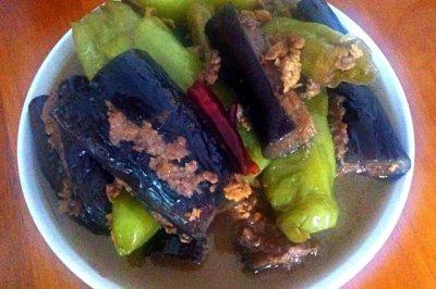 茄子酿尖椒酿-东北特色菜