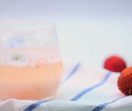 荔枝气泡酒——迷迭香的做法