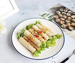 #夏日消暑,非它莫属#【千张香菜卷】10分钟上桌的做法