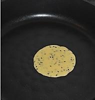 平底锅脆皮蛋卷的做法图解5