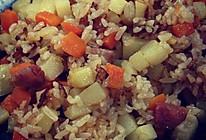 胡萝卜土豆香肠焖饭的做法