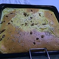 葡萄干蛋糕的做法图解2
