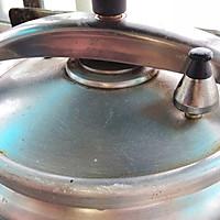 茶树菇竹笙排骨汤—夏日养生的做法图解11