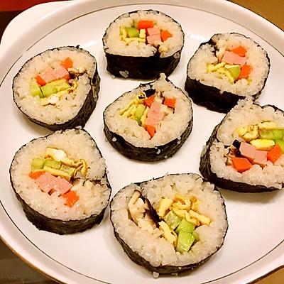 紫菜包饭(不用寿司帘也能做)