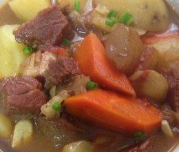 牛腩牛筋汤的做法