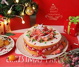 """#甜蜜暖冬,""""焙""""感幸福#圣诞草莓年轮蛋糕卷的做法"""