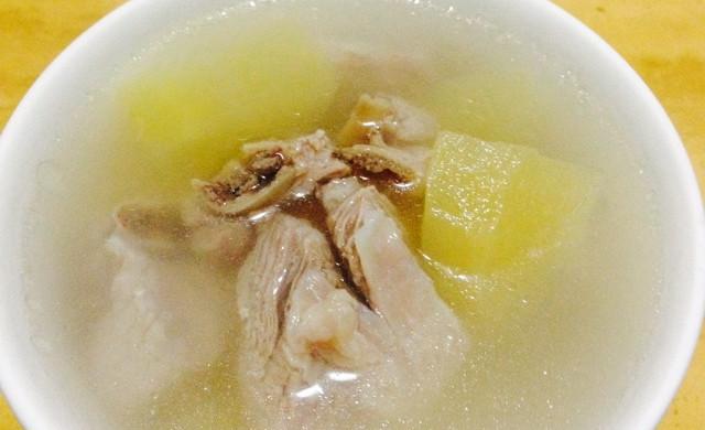 苹果排骨汤--冷风中的浪漫奇遇
