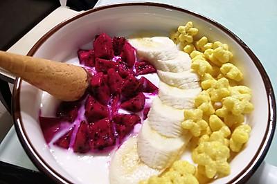 健康的夜宵-酸奶独角兽水果碗