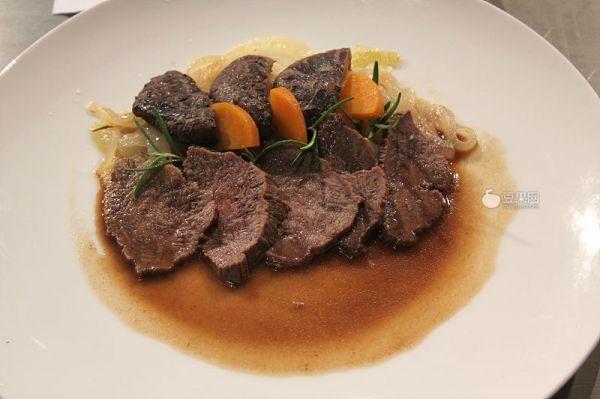 迷迭香牛舌—《顶级厨师》参赛作品的做法