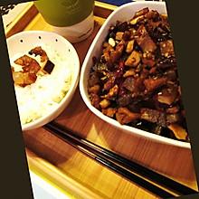 下饭丁丁--腊肉炒萝卜干豆干丁