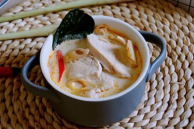 泰式椰汁鸡汤 | Tom Kha Gai