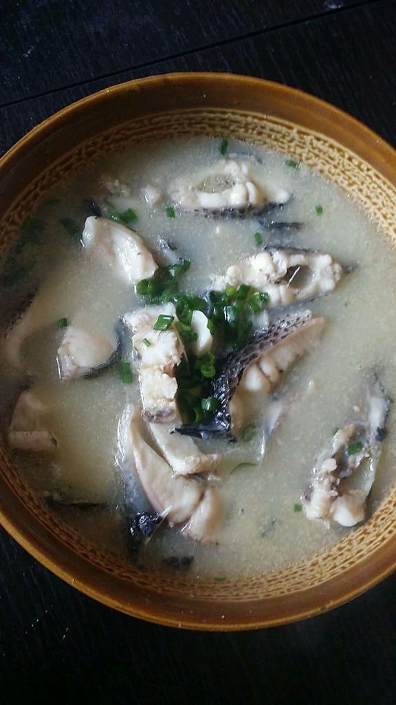 清炖乌鱼汤的做法