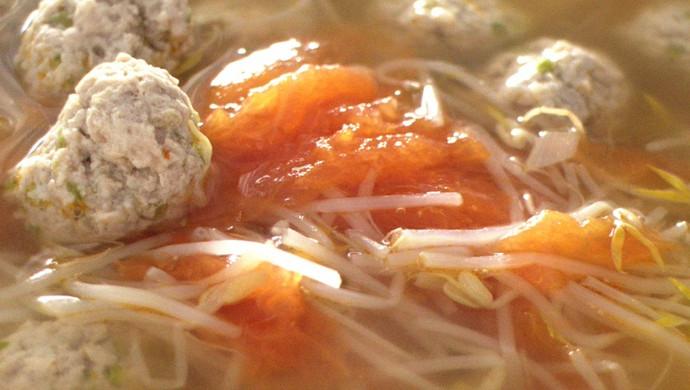 西红柿豆芽肉丸汤
