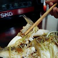 清蒸鲈鱼的做法图解11