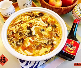 #福气年夜菜#暖心暖胃,减脂消食-家常酸辣汤的做法
