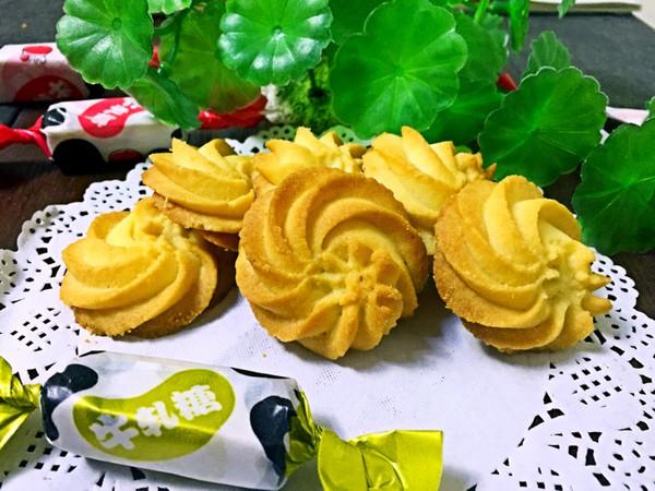 酥脆曲奇【曲奇饼干】杏仁曲奇的做法
