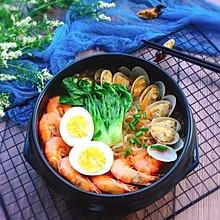 #精品菜谱挑战赛#鲜味十足+海鲜红薯粉丝煲