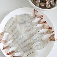 【一虾两吃】之辣脆虾头&酥香虾尾的做法图解1